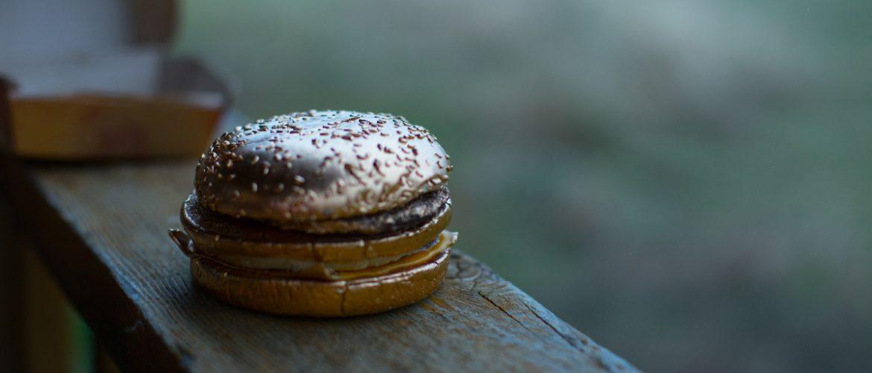 golden-cheeseburger